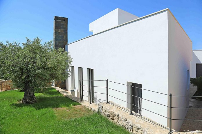 contemporary-house-mediterranean-island-mallorca-andreas-hummel-architekt-01
