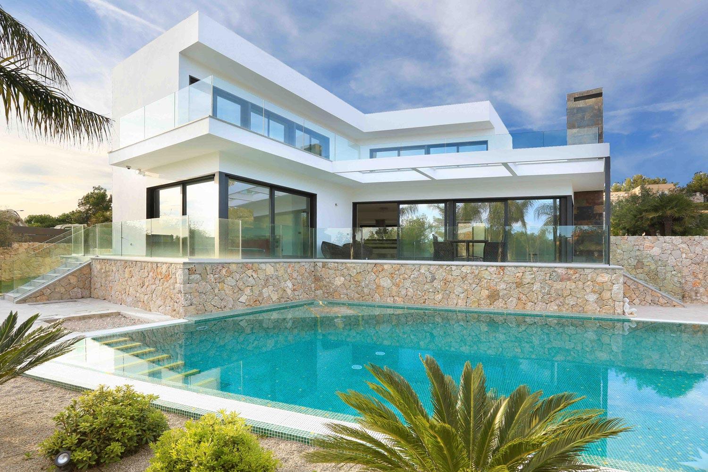Contemporary house in the mediterranean island of mallorca for Modern home design blog