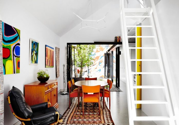 contemporary-redesigned-2-storey-small-house-austin-maynard-architects-06