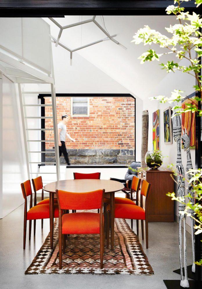 contemporary-redesigned-2-storey-small-house-austin-maynard-architects-09
