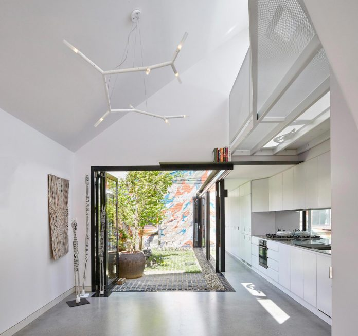 contemporary-redesigned-2-storey-small-house-austin-maynard-architects-24