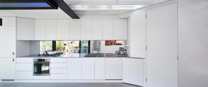 contemporary-redesigned-2-storey-small-house-austin-maynard-architects-25