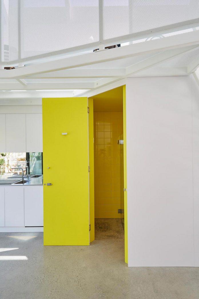 contemporary-redesigned-2-storey-small-house-austin-maynard-architects-27