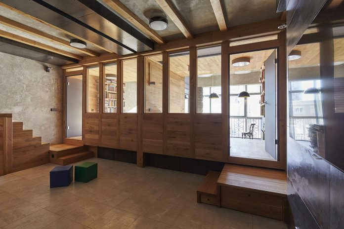 contemporary-unique-wood-apartment-moscow-alexei-rosenberg-13