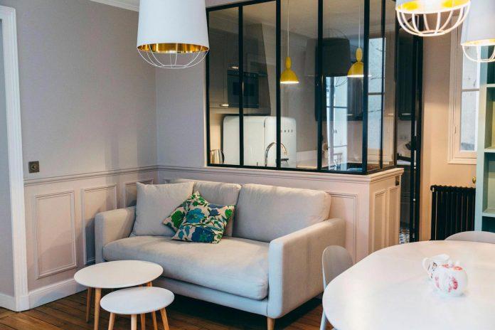 conversion-two-bedroom-haussamanian-apartment-central-paris-functional-contemporary-versatile-retro-twist-weekend-city-pad-02