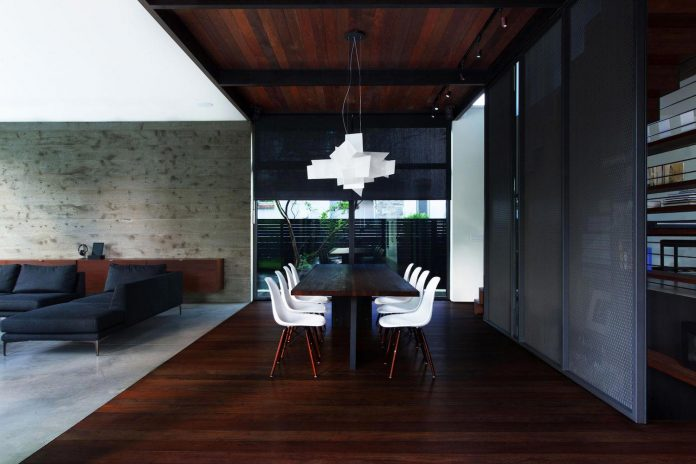 coupee-croisee-contemporary-extension-ville-mont-royal-cottage-enclosed-garden-city-montreal-08