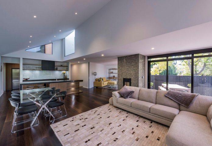 cymon-allfrey-architects-design-two-family-homes-make-beautiful-outlook-towards-wairarapa-stream-urban-christchurch-06