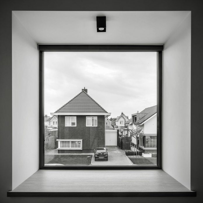 dutch-design-office-zone-zuid-architecten-recently-completed-new-225-sq-m-home-one-suburbs-roosendaal-15