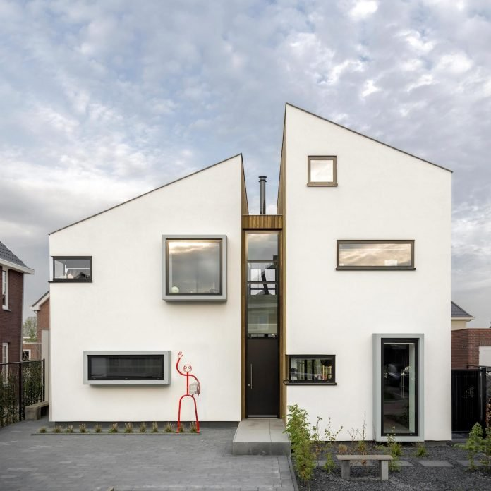dutch-design-office-zone-zuid-architecten-recently-completed-new-225-sq-m-home-one-suburbs-roosendaal-17