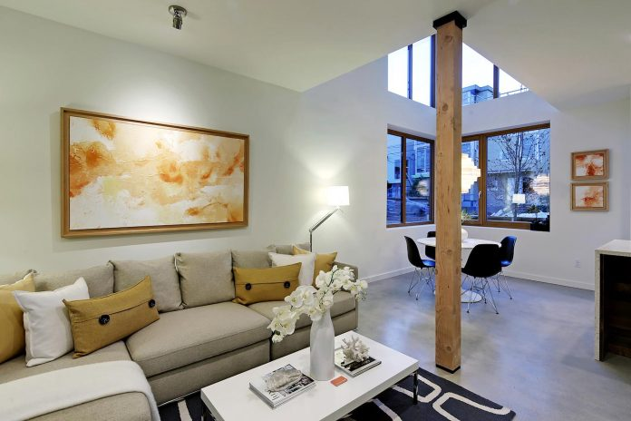 emerald-star-certified-home-seattle-cutting-edge-combination-green-technology-renewables-reclaimed-materials-01