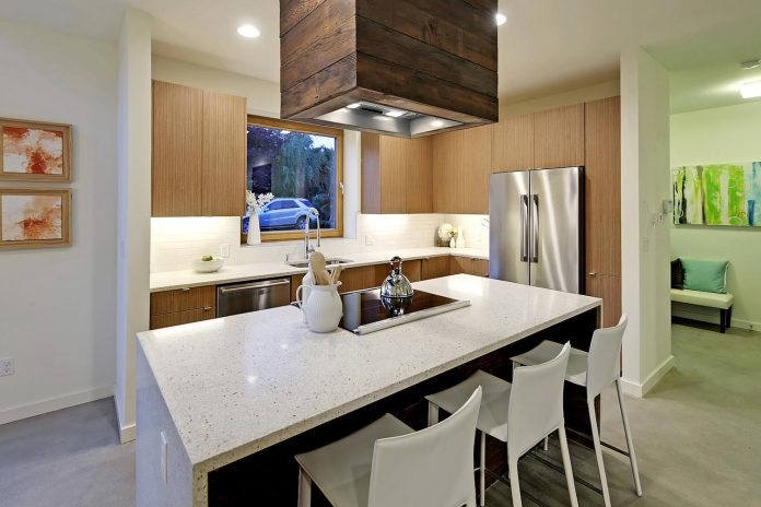 emerald-star-certified-home-seattle-cutting-edge-combination-green-technology-renewables-reclaimed-materials-02