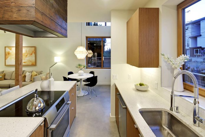 emerald-star-certified-home-seattle-cutting-edge-combination-green-technology-renewables-reclaimed-materials-03