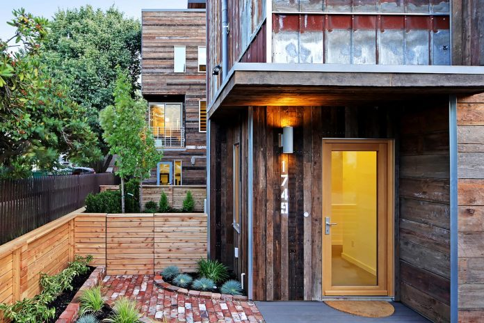 emerald-star-certified-home-seattle-cutting-edge-combination-green-technology-renewables-reclaimed-materials-09