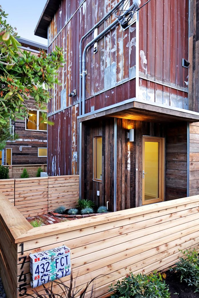 emerald-star-certified-home-seattle-cutting-edge-combination-green-technology-renewables-reclaimed-materials-11