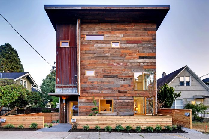 emerald-star-certified-home-seattle-cutting-edge-combination-green-technology-renewables-reclaimed-materials-12