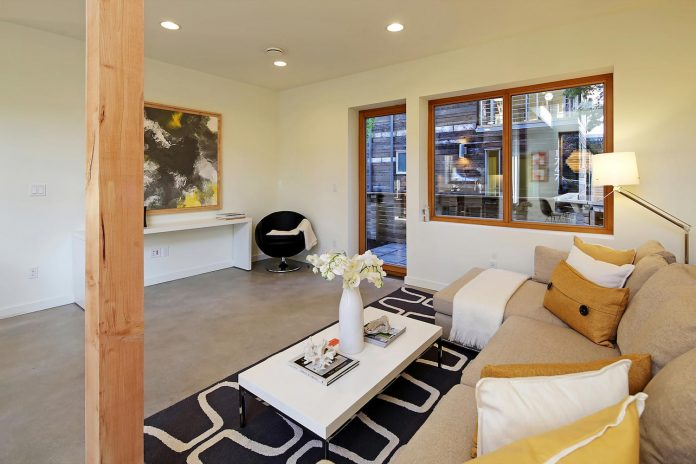emerald-star-certified-home-seattle-cutting-edge-combination-green-technology-renewables-reclaimed-materials-17