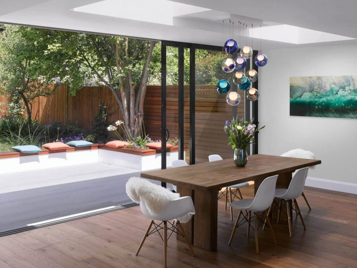extension-old-house-order-create-light-filled-open-plan-living-room-flows-towards-garden-04