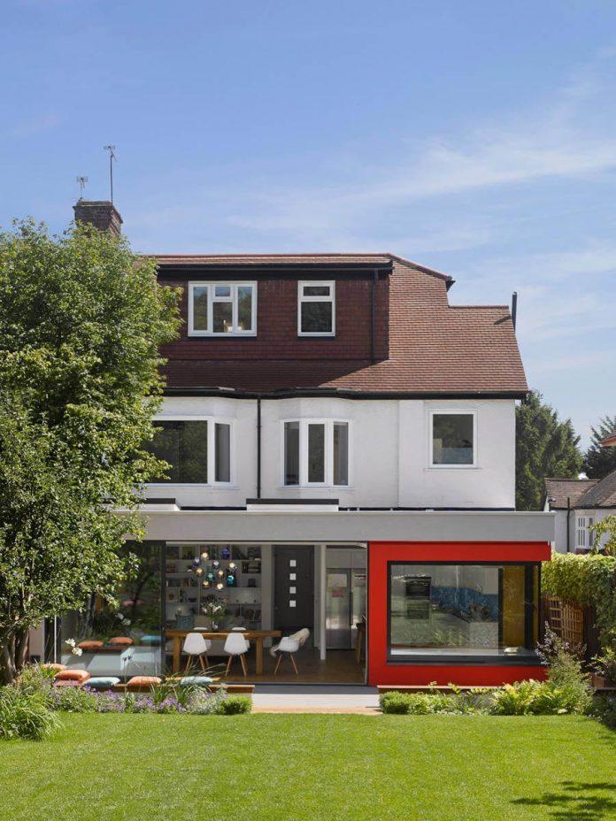 extension-old-house-order-create-light-filled-open-plan-living-room-flows-towards-garden-05