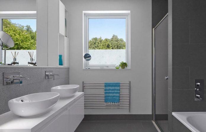 extension-old-house-order-create-light-filled-open-plan-living-room-flows-towards-garden-08