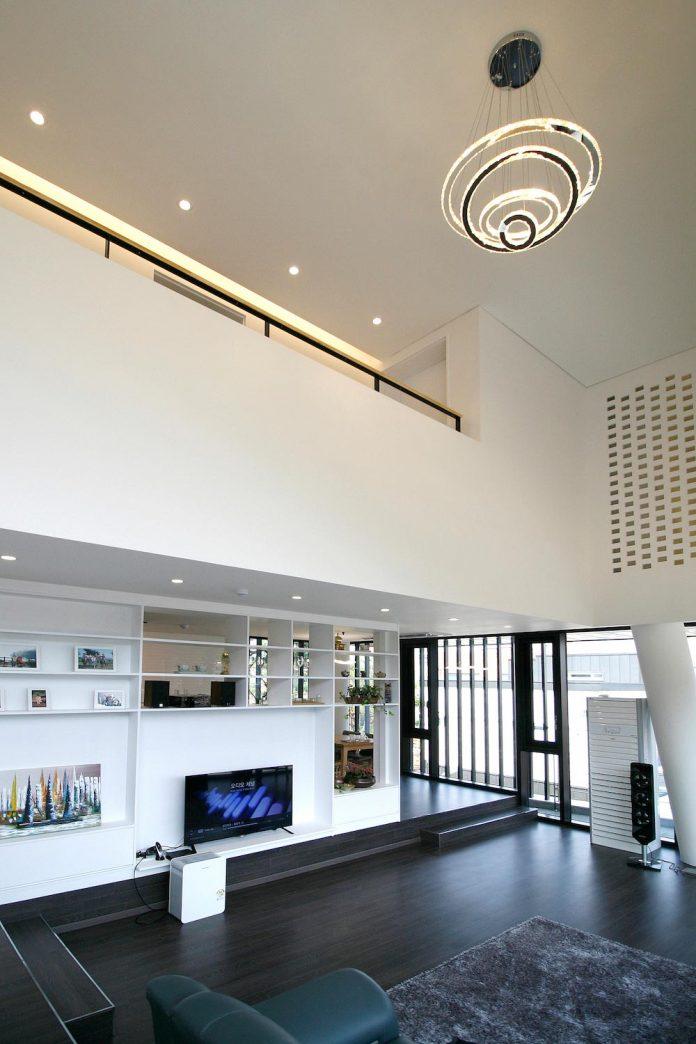 floating-Ⅵ-home-designed-plan-architects-office-gwangju-south-korea-01