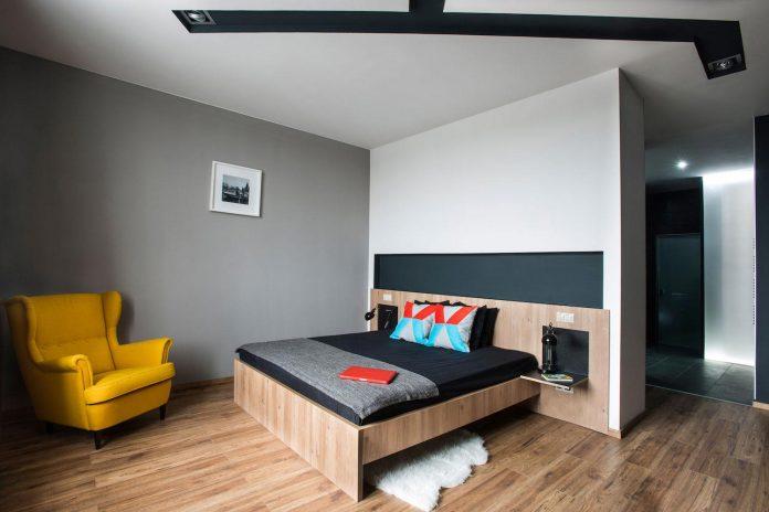 gasparbonta-designed-contemporary-two-bedroom-apartment-budapest-11