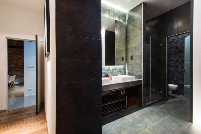 gasparbonta-designed-contemporary-two-bedroom-apartment-budapest-16