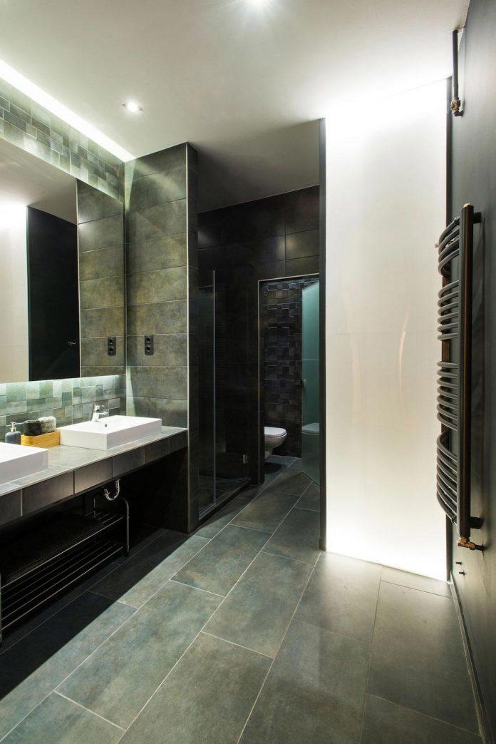 gasparbonta-designed-contemporary-two-bedroom-apartment-budapest-17