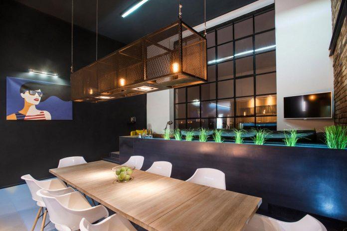 gasparbonta-designed-contemporary-two-bedroom-apartment-budapest-21