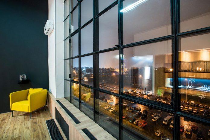 gasparbonta-designed-contemporary-two-bedroom-apartment-budapest-26