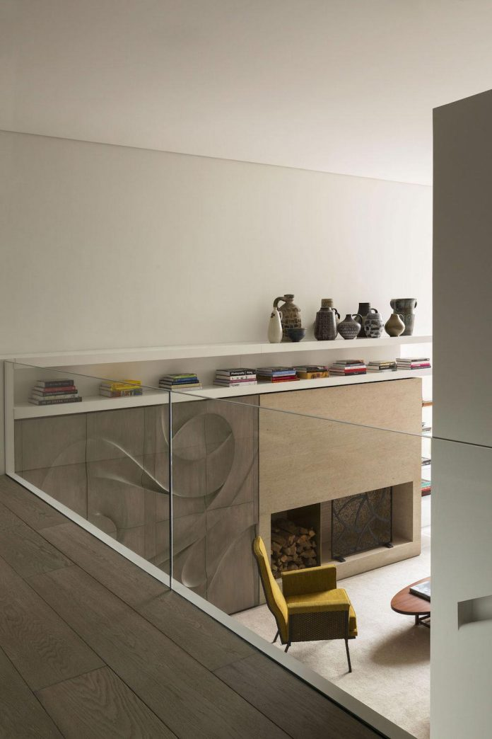 ground-floor-flat-garden-located-near-central-park-transformed-open-luminous-dwelling-studio-arthur-casas-03
