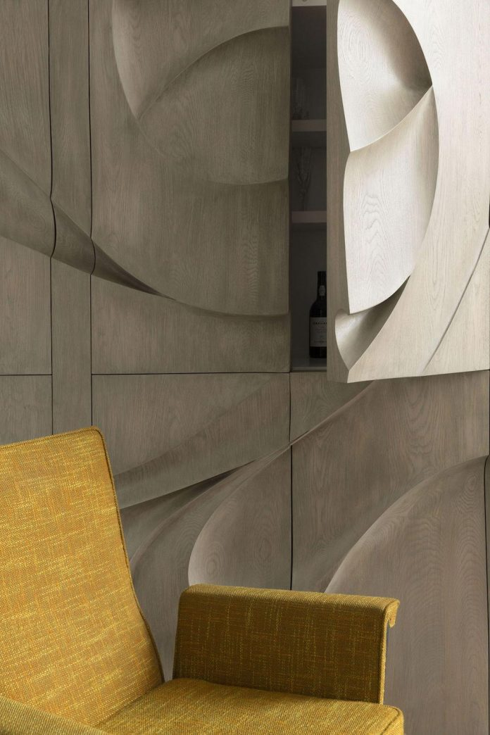 ground-floor-flat-garden-located-near-central-park-transformed-open-luminous-dwelling-studio-arthur-casas-05
