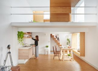 HAO Design strives to achieve an optimal balance between space and lighting of a 160 square meeter home