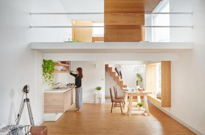 hao-design-strives-achieve-optimal-balance-space-lighting-160-square-meeter-home-04