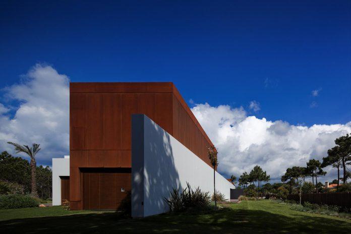 house-quinta-da-marinha-fragmentos-de-arquitectura-02