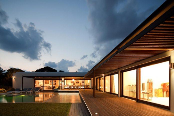 house-quinta-da-marinha-fragmentos-de-arquitectura-07