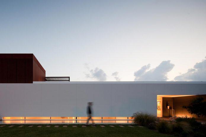 house-quinta-da-marinha-fragmentos-de-arquitectura-09