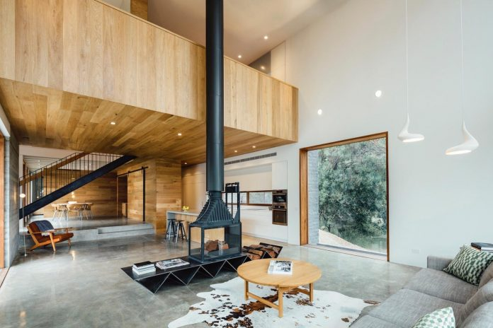 invermay-house-home-family-six-small-town-just-outside-ballarat-victoria-04