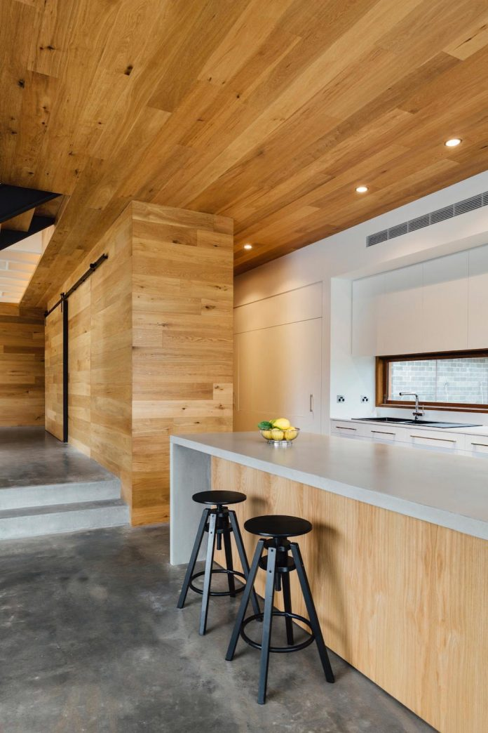 invermay-house-home-family-six-small-town-just-outside-ballarat-victoria-10