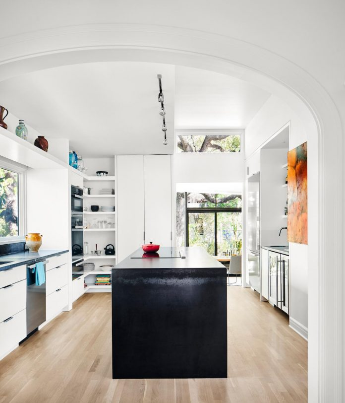 leantoo-addition-existing-cottage-situated-vibrant-austin-neighborhood-05