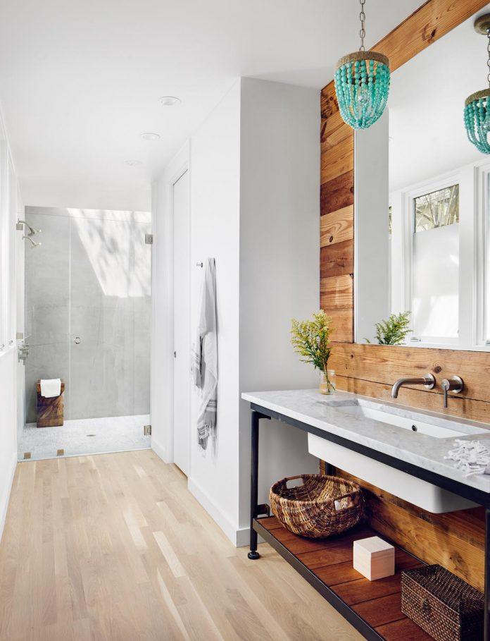 leantoo-addition-existing-cottage-situated-vibrant-austin-neighborhood-07