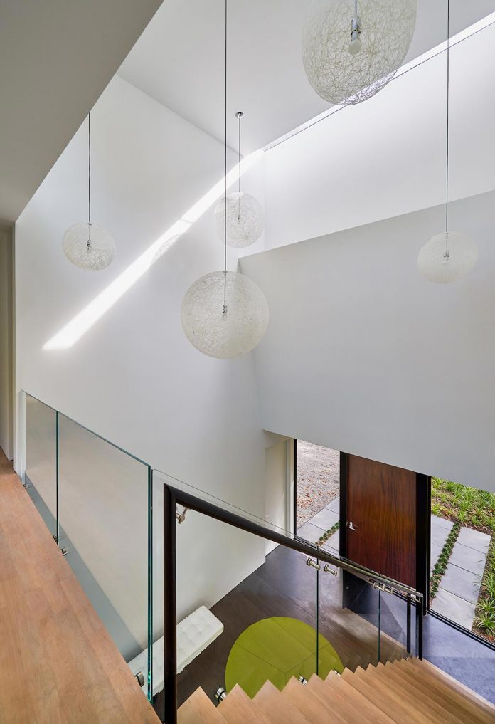 linear-composition-minimal-home-two-story-living-space-open-floor-plan-11