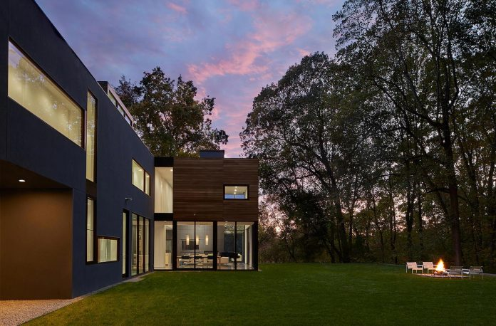 linear-composition-minimal-home-two-story-living-space-open-floor-plan-24