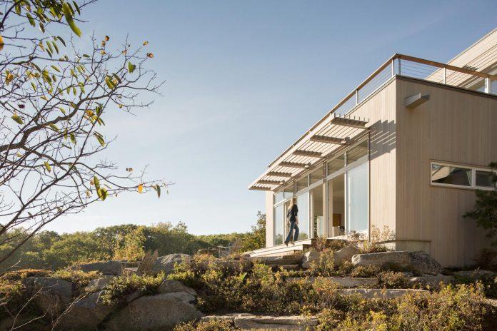 located-granite-knob-30-lily-pond-house-overlooks-atlantic-ocean-south-06