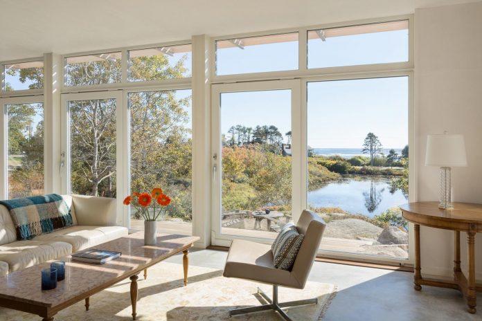 located-granite-knob-30-lily-pond-house-overlooks-atlantic-ocean-south-11