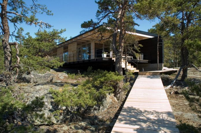 low-discretely-possible-affording-excellent-views-archipelago-landscape-05