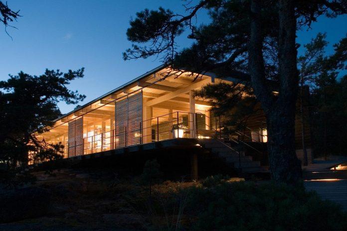low-discretely-possible-affording-excellent-views-archipelago-landscape-11