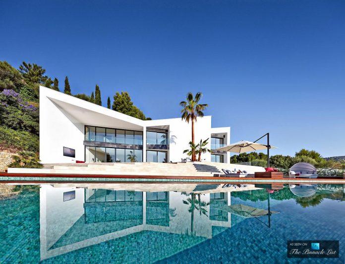 luxury-mediterranean-origami-villa-located-son-vida-mallorca-06