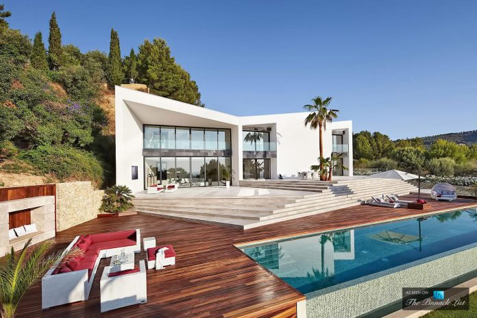 luxury-mediterranean-origami-villa-located-son-vida-mallorca-08
