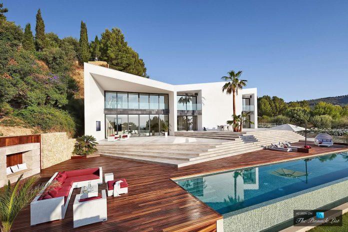 luxury-mediterranean-origami-villa-located-son-vida-mallorca-08