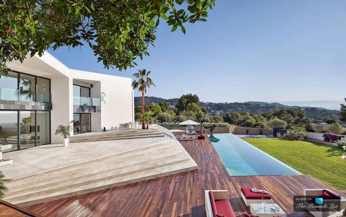luxury-mediterranean-origami-villa-located-son-vida-mallorca-14